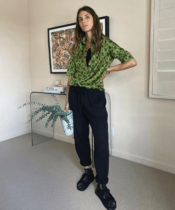 Jen Azoulay - tendências de inverno - camisa estampada - outono - street style - https://stealthelook.com.br