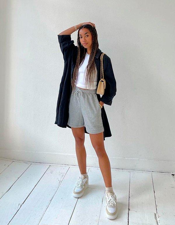 It girls - looks com tênis - looks com tênis - Outono - Street Style - https://stealthelook.com.br