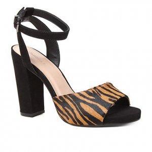 Sandália Couro Meia Pata Shoestock Pelo Zebra Salto Alto Feminina - Feminino - Zebra