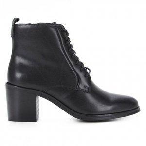 Bota Coturno Shoestock Couro Salto Alto Feminina - Feminino - Preto