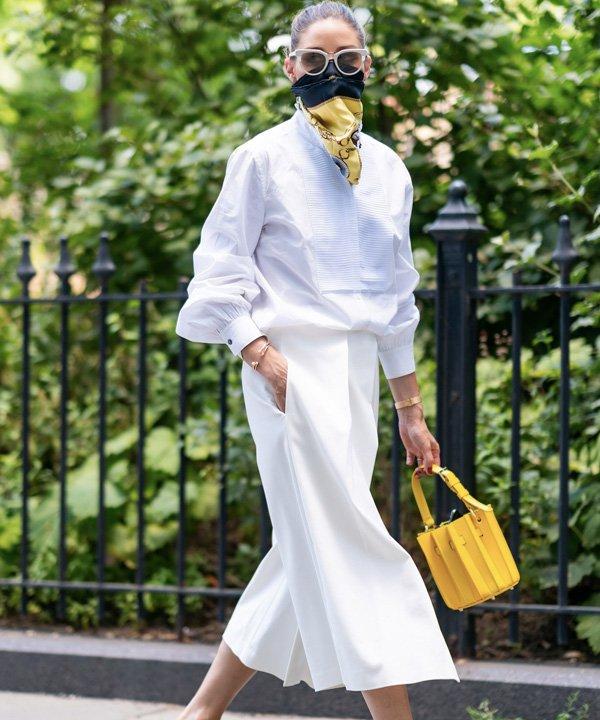 Olivia Palermo - lenço no look - lenço na cabeça - outono - street style - https://stealthelook.com.br