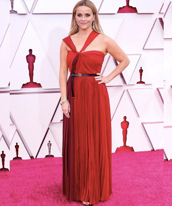 Reese Witherspoon - looks do oscar 2021 - red carpet - outono - street style - https://stealthelook.com.br