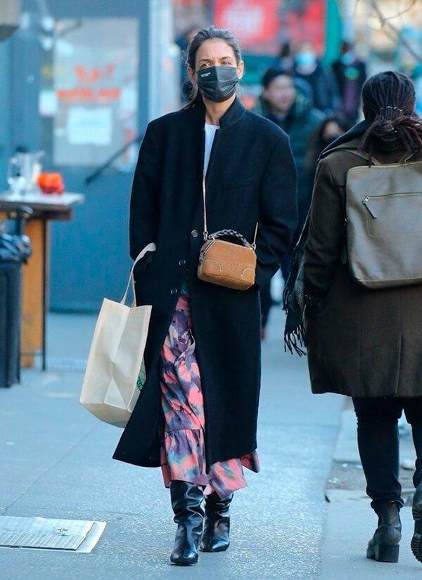 Katie Holmes - Sapato - Bota - Outono - Street Style - https://stealthelook.com.br