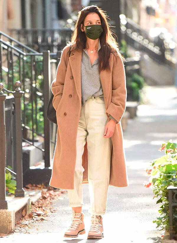 Katie Holmes - Sapato - Coturno - Outono - Street Style - https://stealthelook.com.br