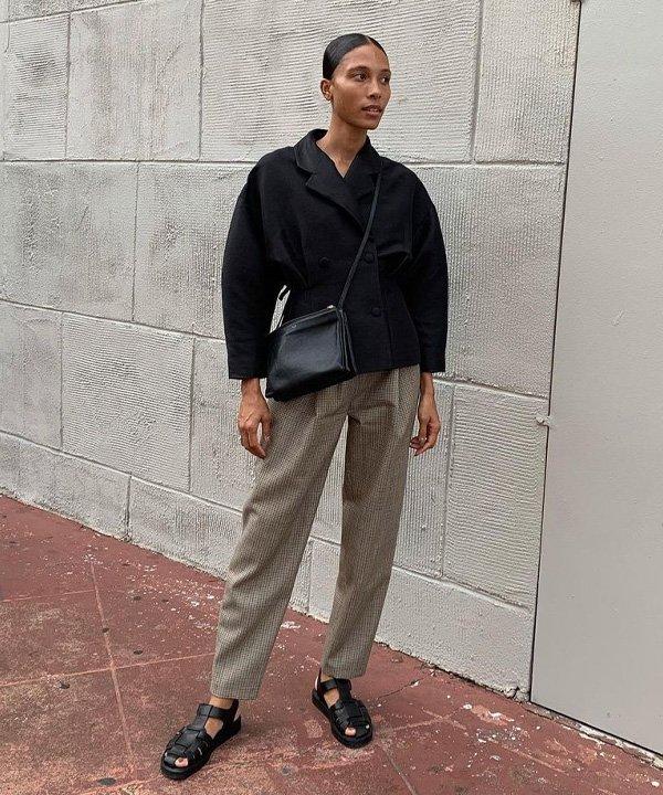 Tylynn Nguyen - sandália tendência  - fisherman sandal - outono - street style - https://stealthelook.com.br
