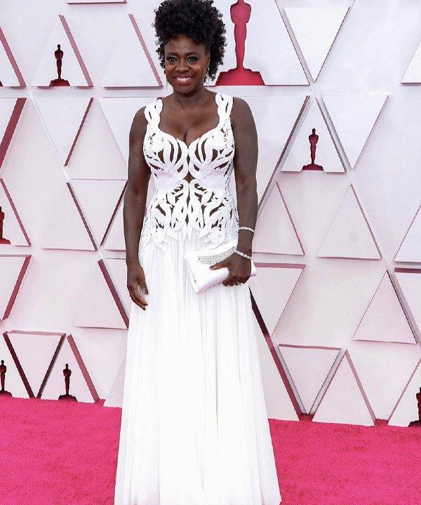 Viola Davis - looks do oscar 2021 - red carpet - outono - street style - https://stealthelook.com.br