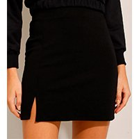 saia feminina curta com fenda preta