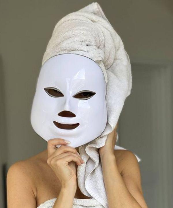 Máscara de led  - beleza  - beauty tech  - cuidados com a pele  - tecnologia  - https://stealthelook.com.br