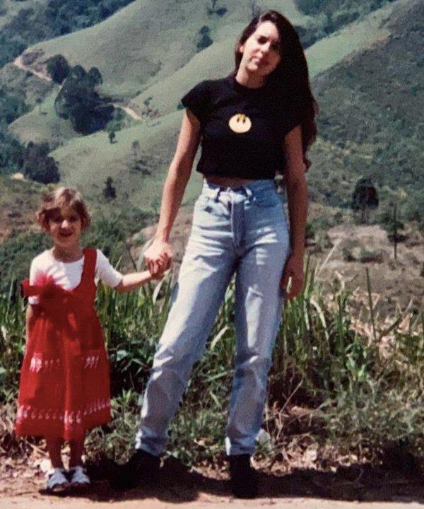 Adriana, mãe da Ali Santos - tendências dos anos 80 - dia das mães - outono - street style - https://stealthelook.com.br