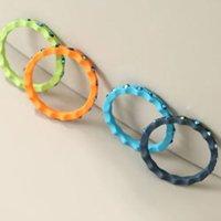 kit de 4 anéis femininos com strass multicor
