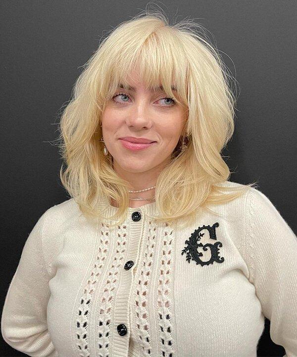 Billie Eilish - cabelo platinado - cabelo plantinado - inverno - brasil - https://stealthelook.com.br