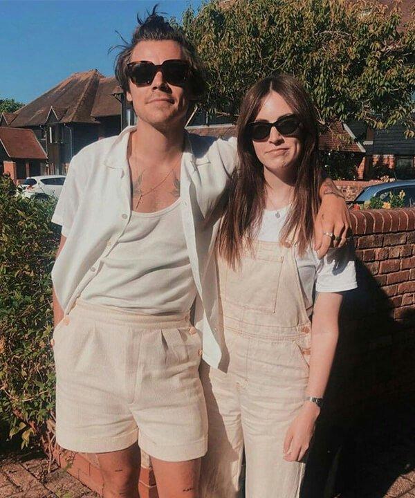 Harry & Gemma Styles - jardineira - famílias estilosas - outono - brasil - https://stealthelook.com.br