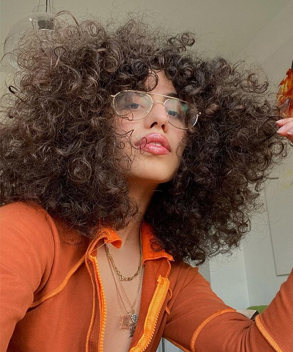 dîlan - cabelo afro - curvatura do cabelo - outono - brasil - https://stealthelook.com.br