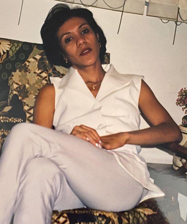 mãe da Jéssica Menasce - tendências dos anos 80 - dia das mães - outono - street style - https://stealthelook.com.br