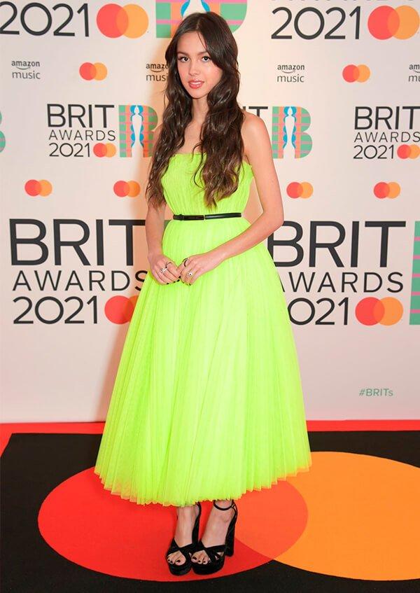 It girls - Brit Awards 2021 - Brit Awards 2021 - Outono - Red Carpet - https://stealthelook.com.br