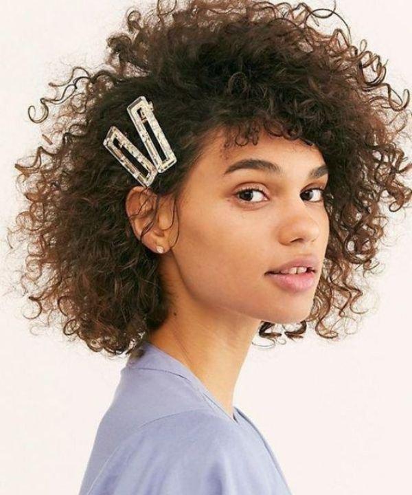 Presilhas - Acessórios de cabelo - Penteados Fáceis - Inverno - Com as mãos  - https://stealthelook.com.br