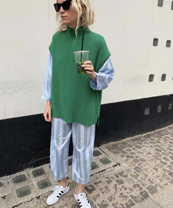 Pernille Rosenkilde - colete de tricô - colete de tricot - outono - street style - https://stealthelook.com.br