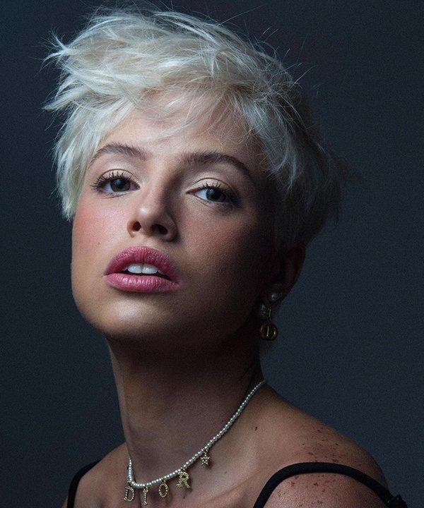 Agatha Moreira - cabelo platinado - cabelo plantinado - inverno - brasil - https://stealthelook.com.br