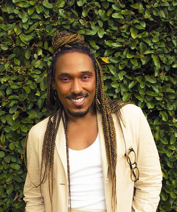 Leo Machado - boz braids, terno - LGBTQIA+ - inverno - brasil - https://stealthelook.com.br