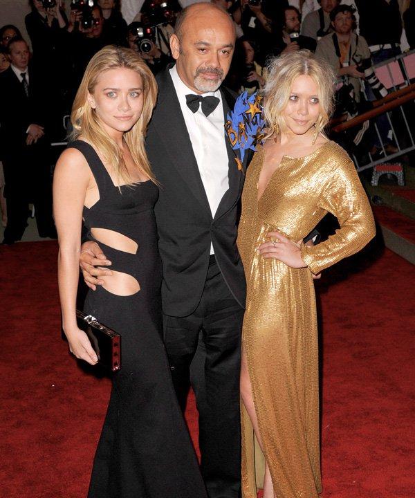 Ashley e Mary-Kate Olsen - Diane Von Furstenberg - dvf - outono - street style - https://stealthelook.com.br