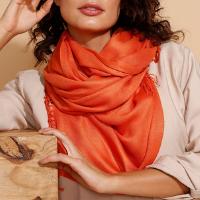 lenço de viscose laranja - único