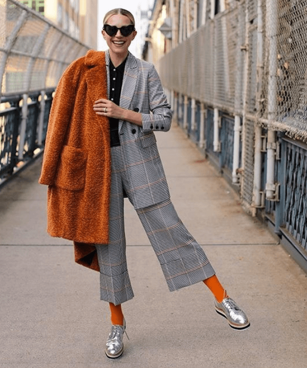 Blar Eadie - Street Style - Ponto de cor - Inverno  - Steal the Look  - https://stealthelook.com.br