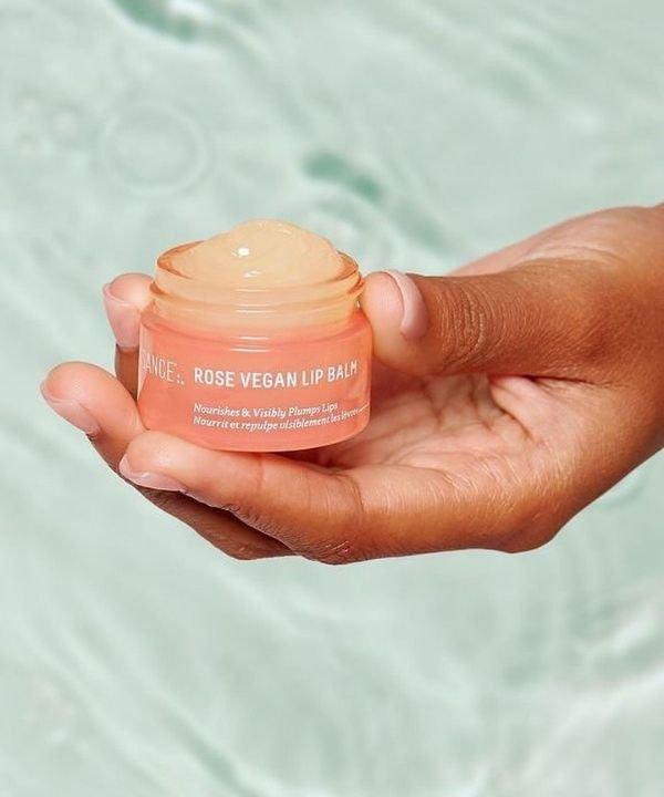 Biossance - balm  - produtos de beleza  - hidratante labial  - lipbalm  - https://stealthelook.com.br