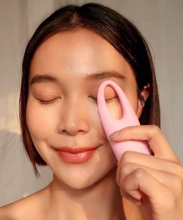 massageadores  - foreo  - diminuir olheiras  - amenizar olheiras - massagem facial  - https://stealthelook.com.br