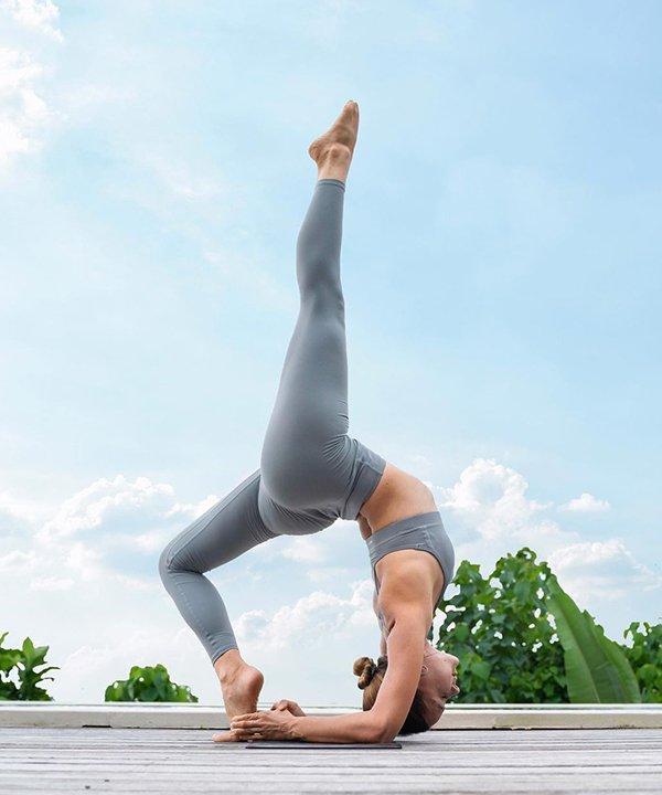 Magda - yoga - sintomas da TPM - inverno - brasil - https://stealthelook.com.br