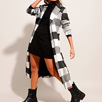 casaco trench coat estampado xadrez com faixa para amarrar preto
