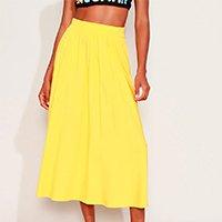 saia feminina midi evasê com bolsos amarela