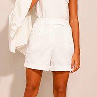 short alfaiataria com pregas cintura super alta off white