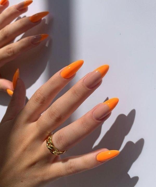 nailsby.elissa - esmaltes neon  - cores neon  - unhas com esmalte neon  - nail art neon  - https://stealthelook.com.br