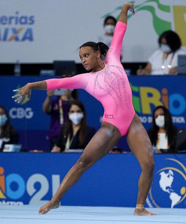 Rebeca Andrade - olimpiadas - atletas brasileiras - inverno - brasil - https://stealthelook.com.br