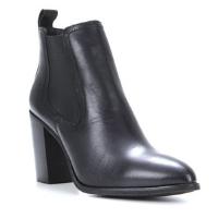 https://www.shoestock.com.br/bota-chelsea-shoestock-salto-alto-feminina-preto-O01-4492-006