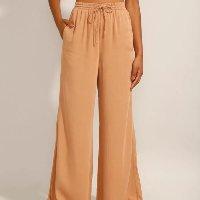 calça wide pantalona com cordão cintura super alta caramelo