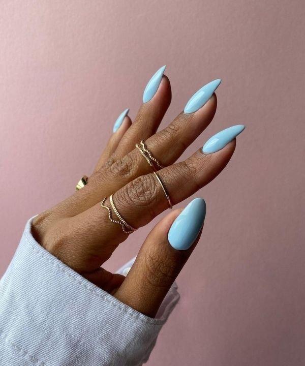 esmalte azul  - tendência de esmalte azul  - cores de esmalte  - cores de unhas  - unhas com esmalte azul  - https://stealthelook.com.br