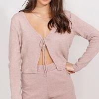 cardigan cropped de tricô com amarração decote v rosê