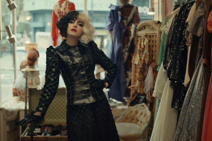 Emma Stone - Figurino - Cruella - Inverno  - Steal the Look  - https://stealthelook.com.br
