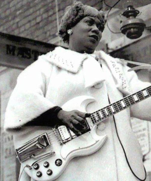 Sister Rosetta Tharpe - artistas negros - artistas negros - inverno - brasil - https://stealthelook.com.br