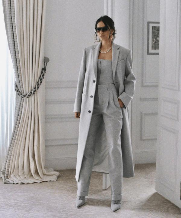 Bruna Marquezine - Look monocromático  - Bruna Marquezine - Inverno  - Steal the Look  - https://stealthelook.com.br