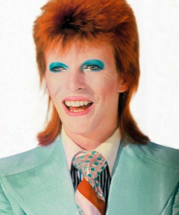 David Bowie  - hard rock  - história do rock  - rock and roll  - Anos 60  - https://stealthelook.com.br