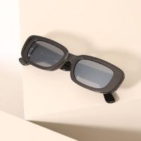 óculos de sol feminino retangular retrô mindset preto - único