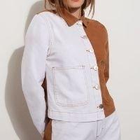jaqueta de sarja bicolor com bolsos mindset caramelo