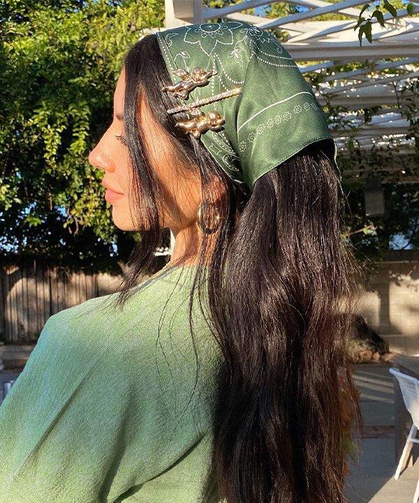 Justine Marjan - penteados - penteados com bandana - inverno - brasil - https://stealthelook.com.br