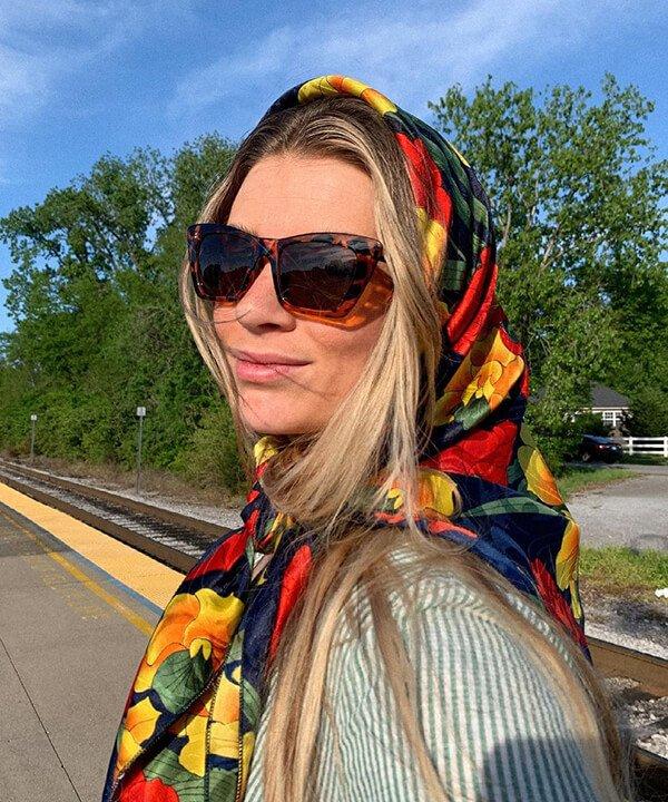 KAYLEE KARCHER - penteados - penteados com bandana - inverno - brasil - https://stealthelook.com.br