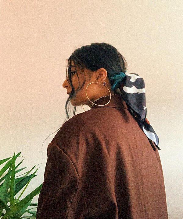 Natasha - penteados - penteados com bandana - inverno - brasil - https://stealthelook.com.br