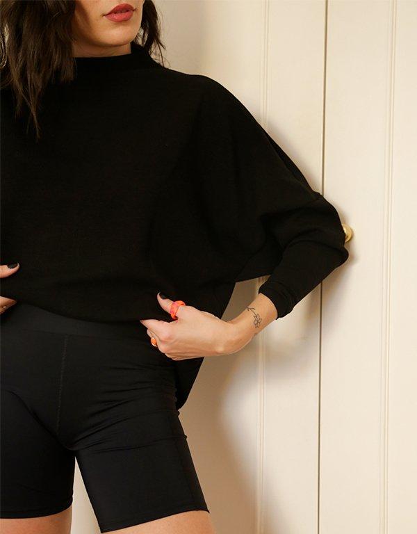It girls - blusa de frio - blusa de frio - Inverno - Street Style - https://stealthelook.com.br
