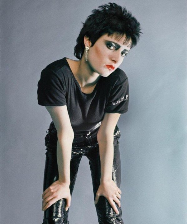 siouxsie sioux - dia mundial do rock - siouxsie and the banshees - rockstars - rock - https://stealthelook.com.br