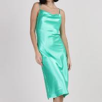 vestido slip dress feminino midi acetinado alça fina gola degagê verde água